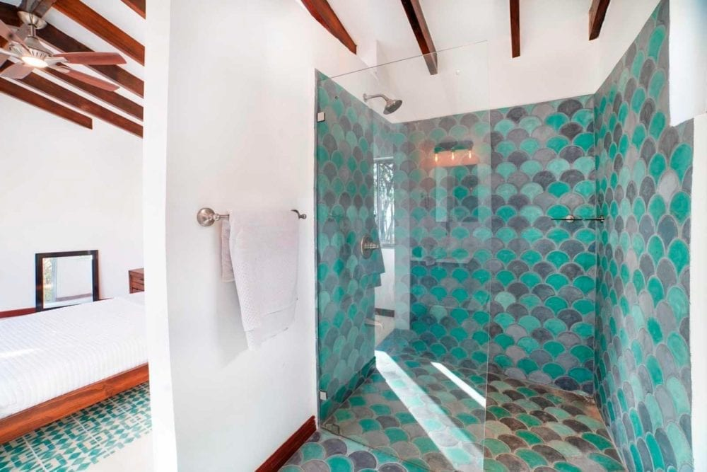 10-Bedroom-BB-Investment-in-Tamarindo-1-1