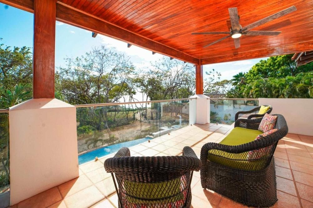 10-Bedroom-BB-Investment-in-Tamarindo-15-1