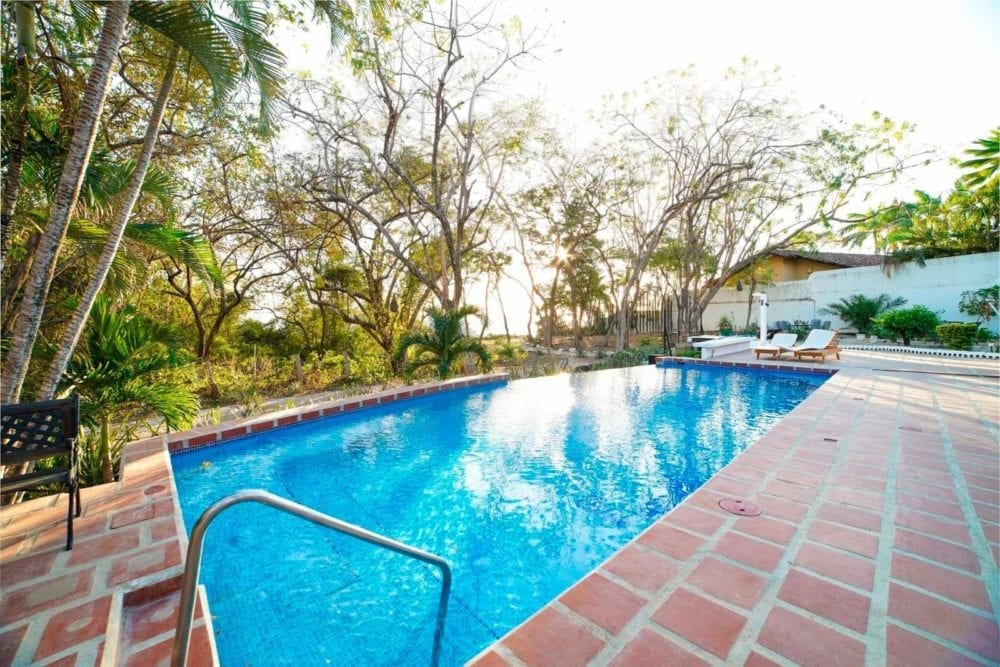 10-Bedroom-BB-Investment-in-Tamarindo-6-1