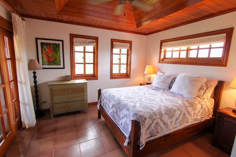 C6 bedroom