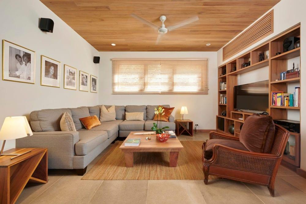 Casa Alamandas living room