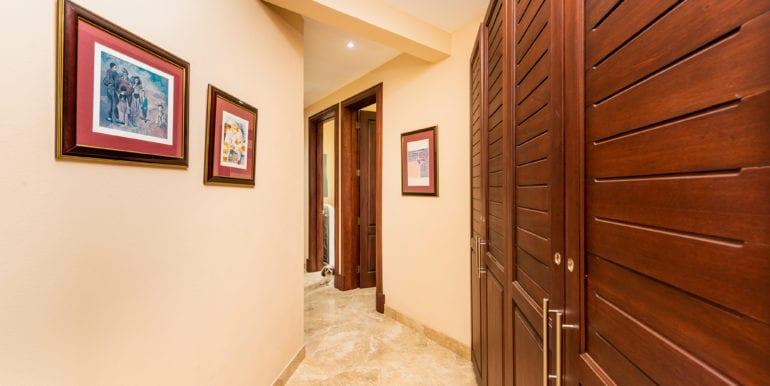 Casa Linda- Corridor