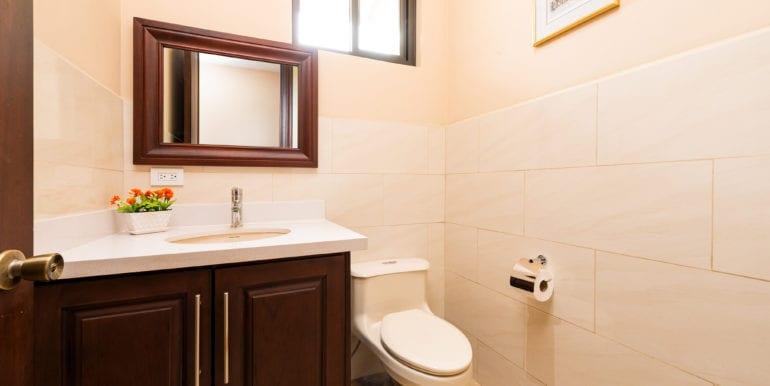 Casa Linda-Guest Bath