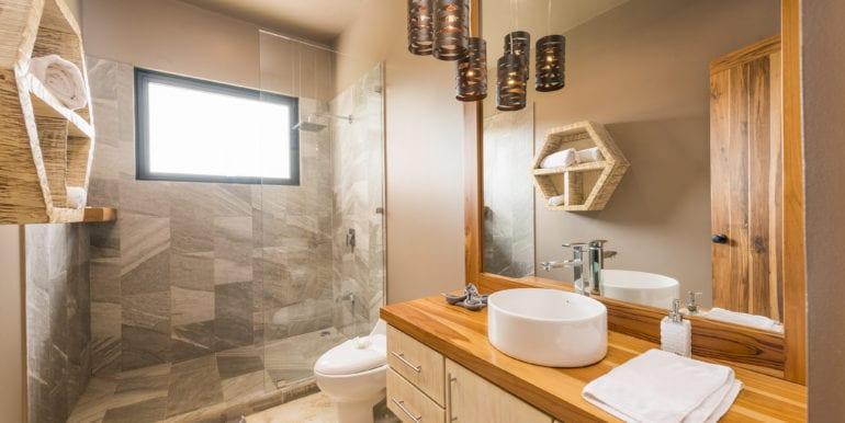 Casa Oceana-Bathroom 1