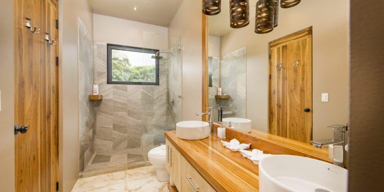Casa Oceana-Bathroom 2
