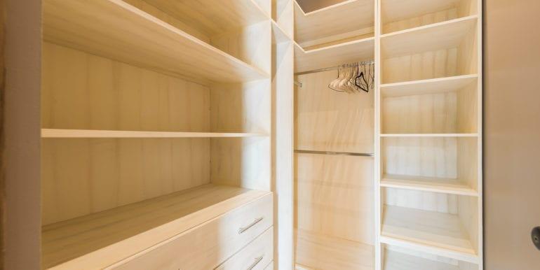 Casa Oceana-Closet