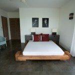Corner_guestroom_-_02_grande