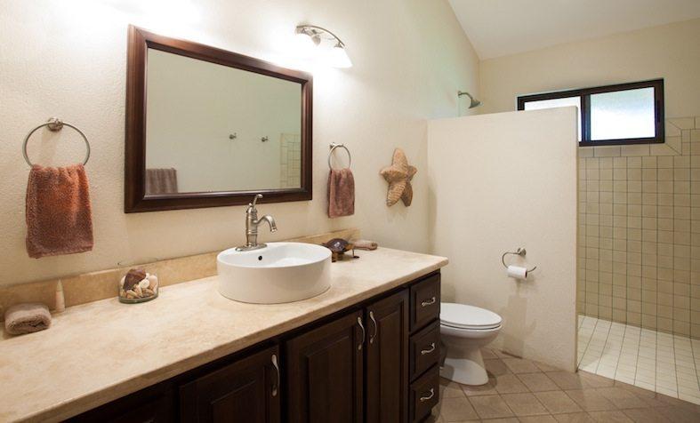 En suite estuary bathroom