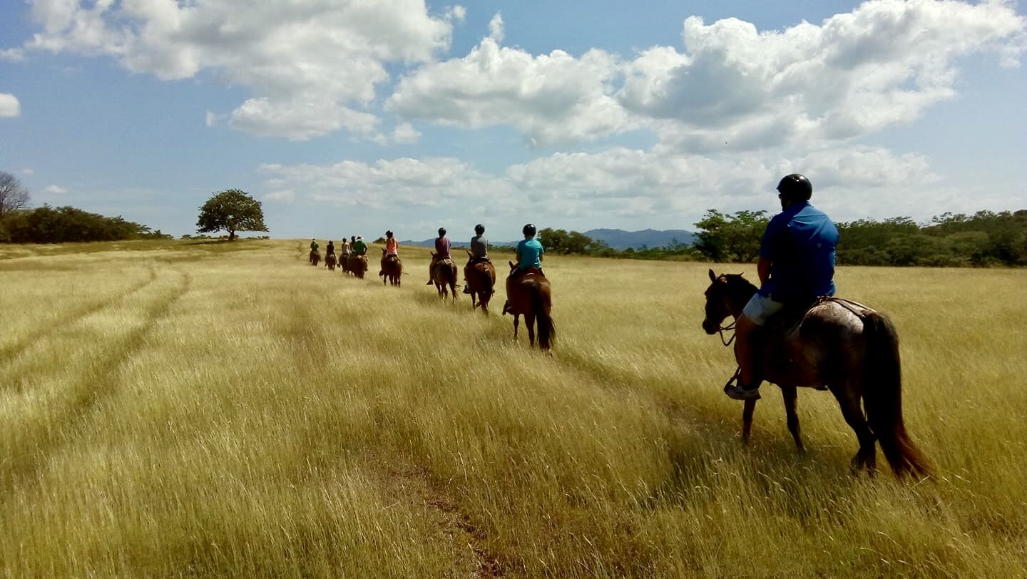 Horseback-riding-Hacienda-Pinilla