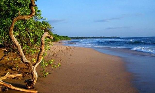 La Esquina- Beach