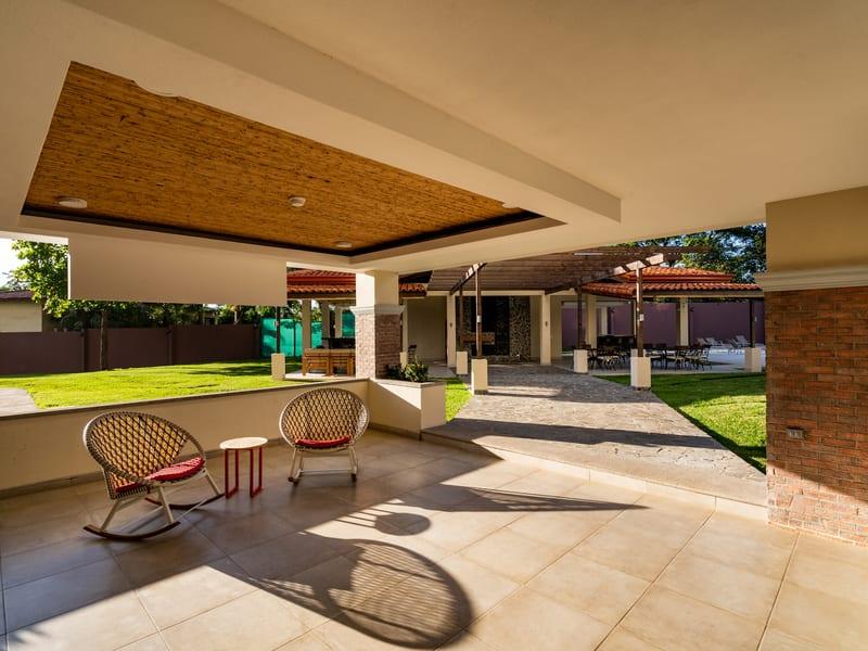 New Peninsula – lobby + garden