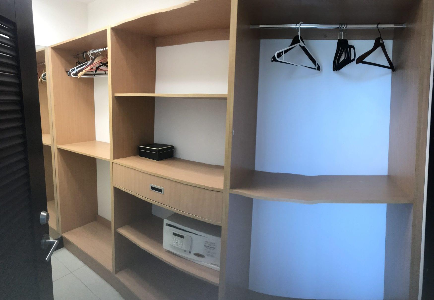 PP 701 closet