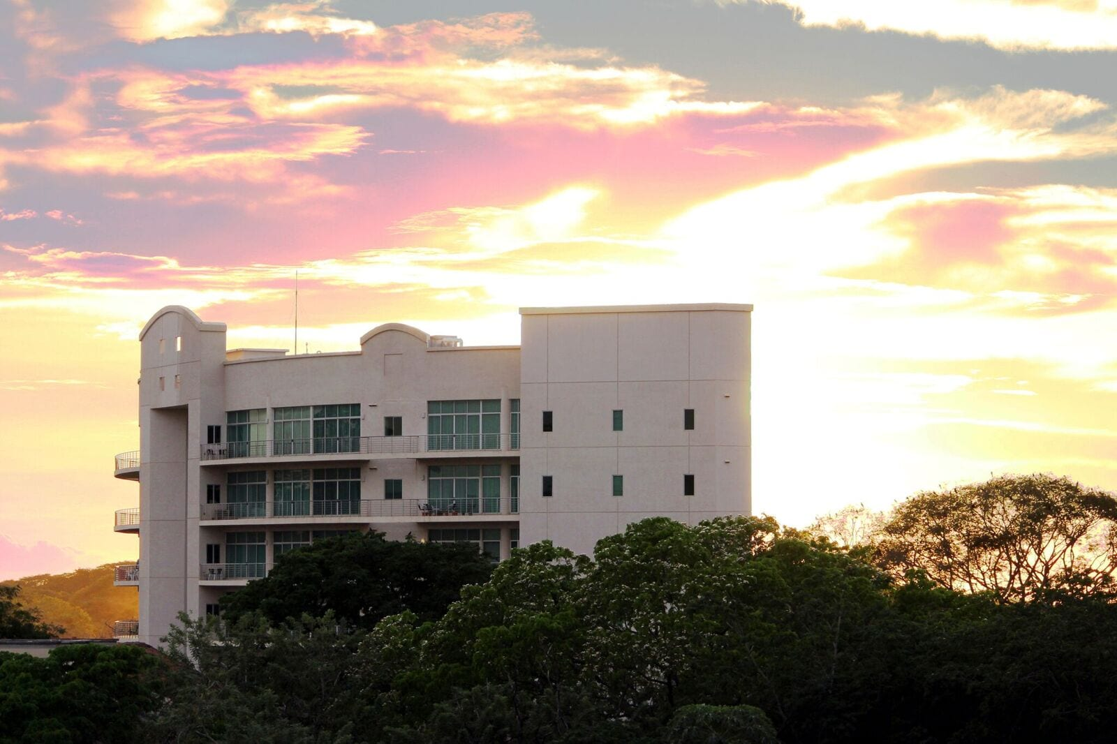 PP Sunset building