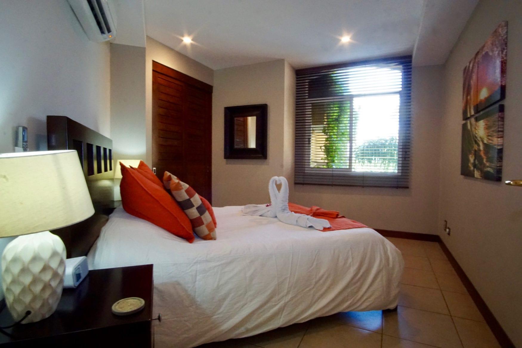 Peninsula Bedroom 2