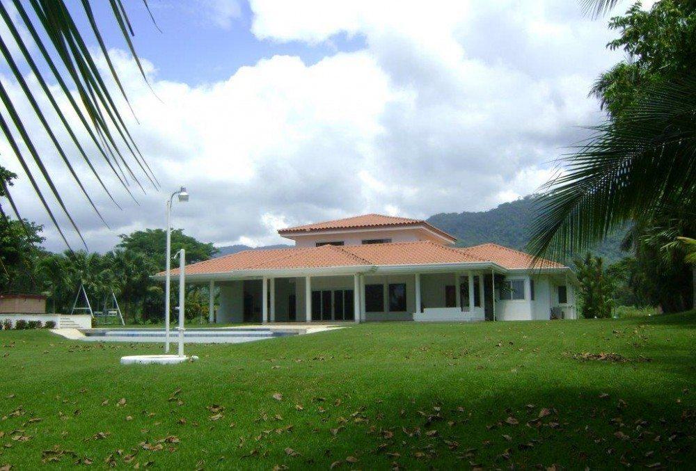 BF Estate Los Delfines (2)