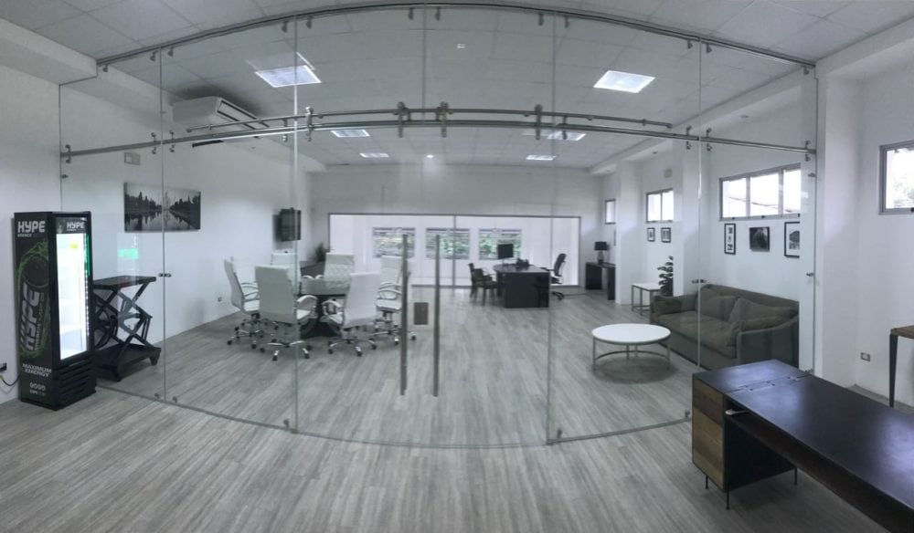 Commercial building upstairs furnished 3