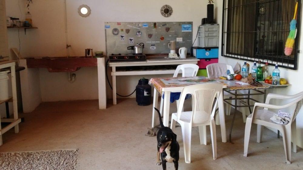 V Common kitchen area