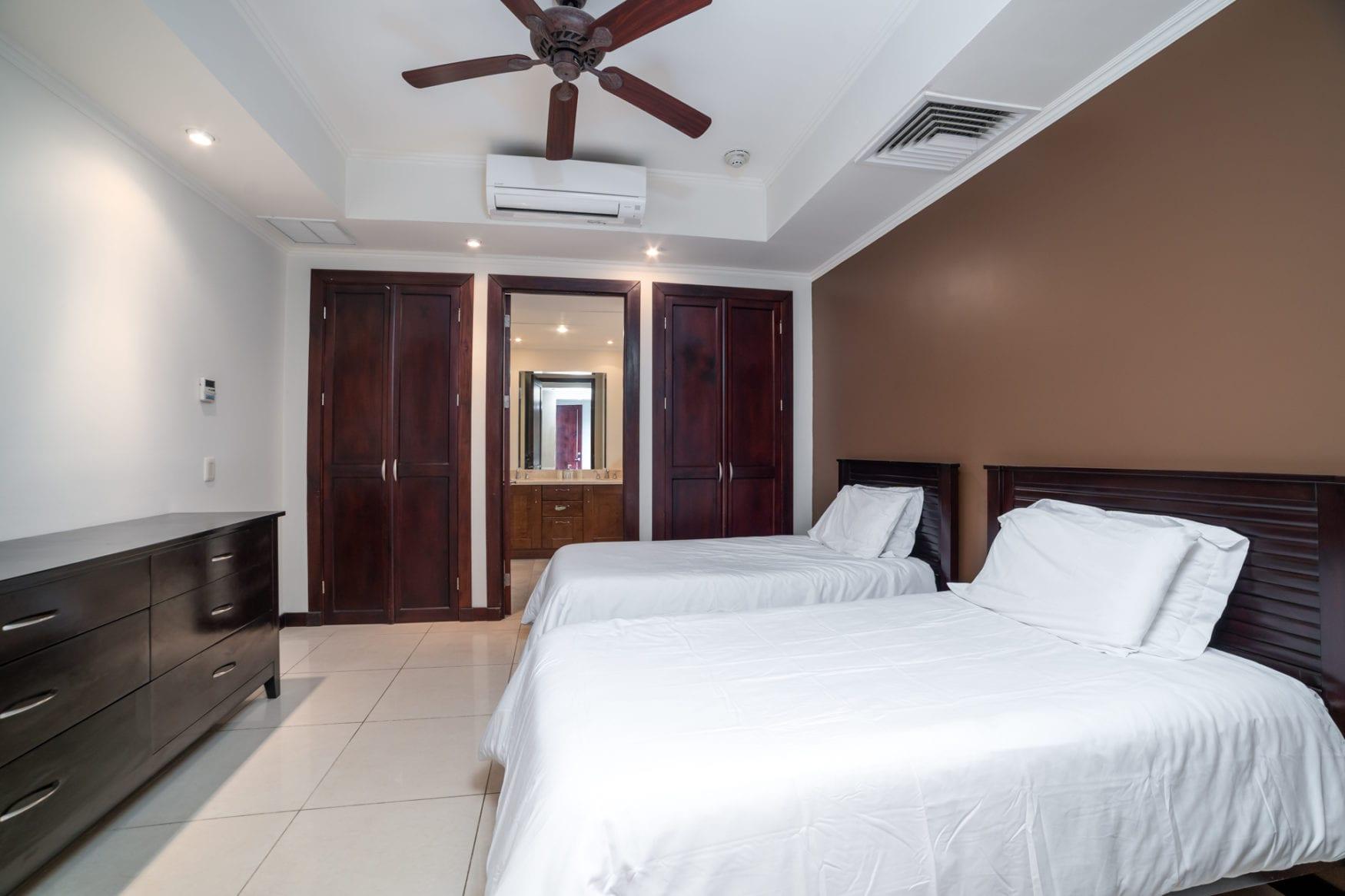 Carao T1-3 – Guest Bedroom