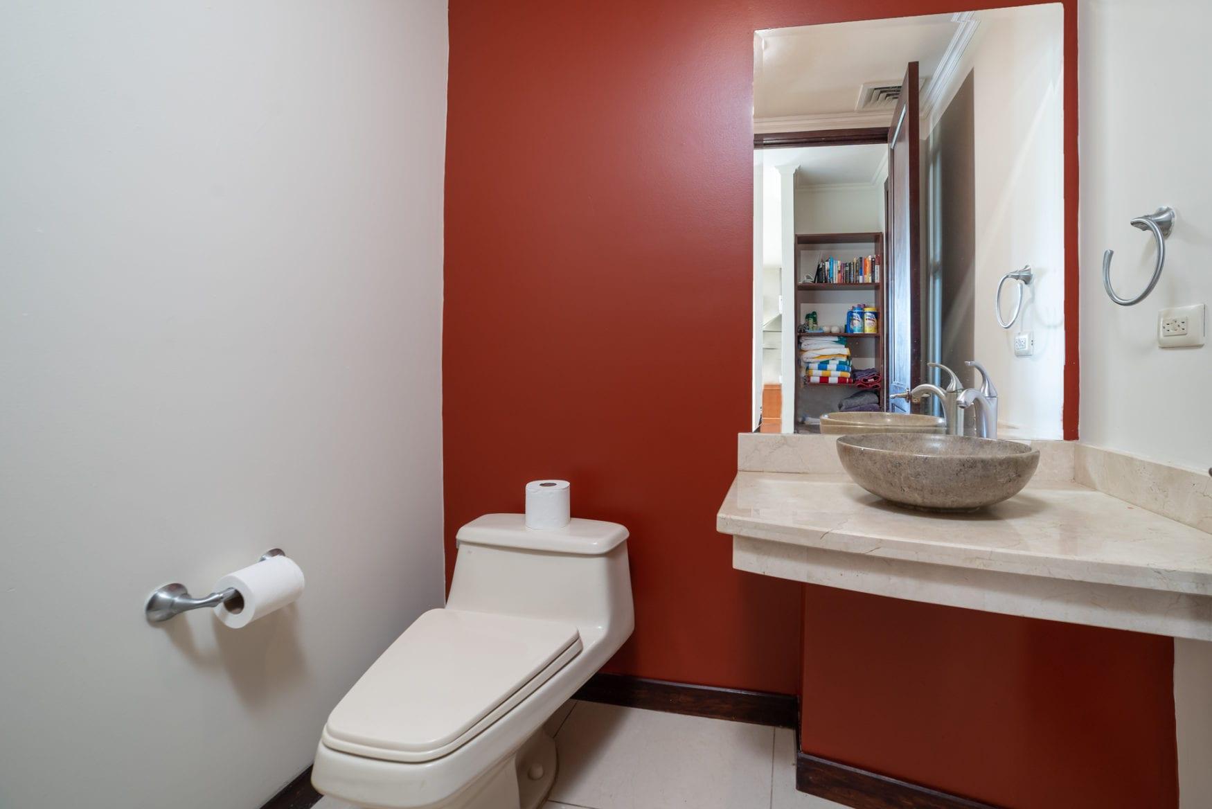 Carao T1-3 – Half Bathroom