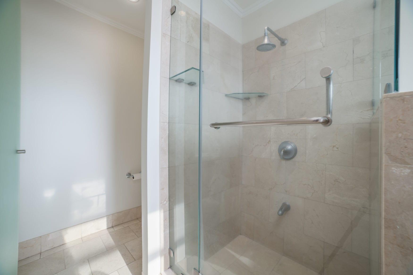 Carao T1-3 – Master Bathroom