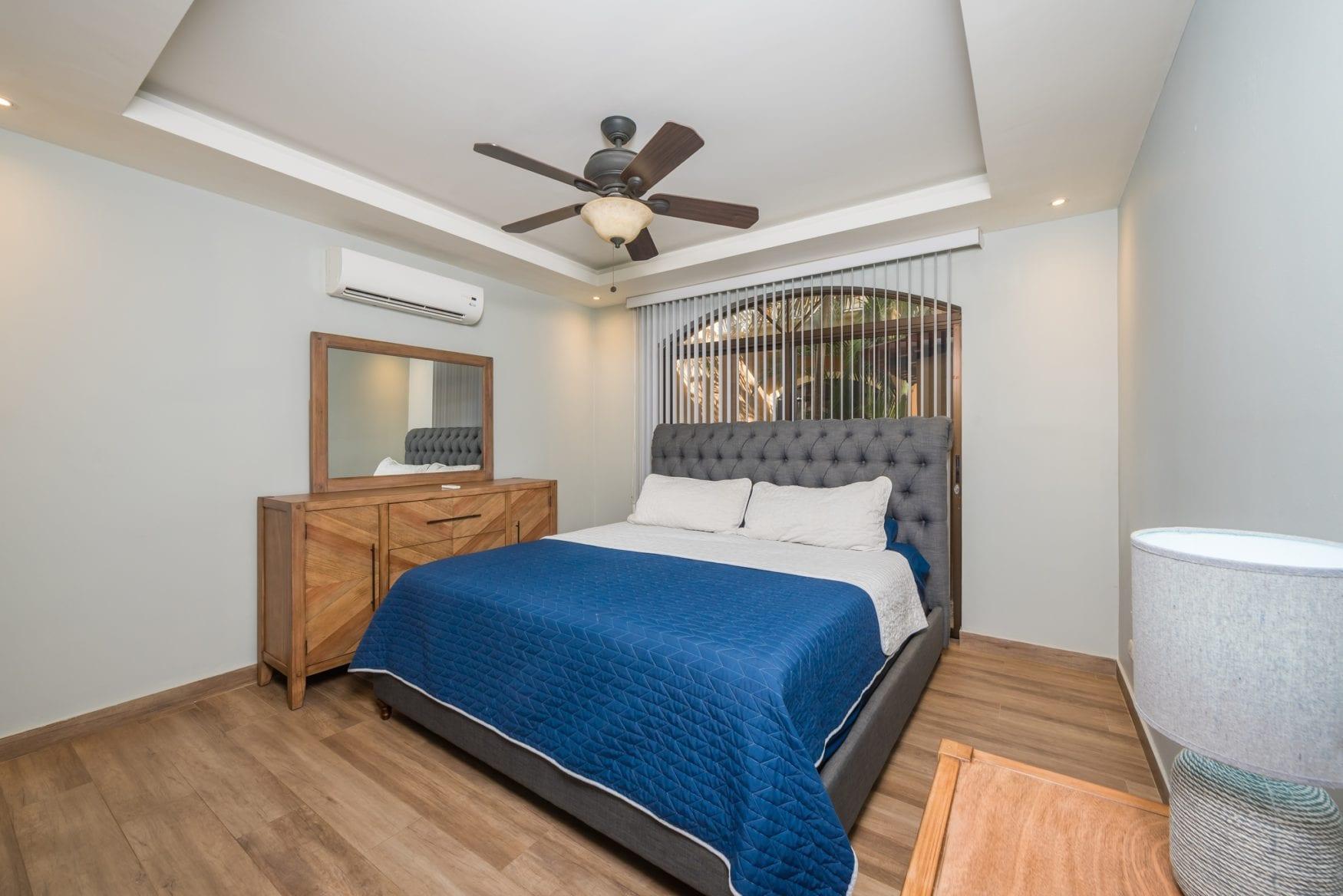 Tamarindo Azul 4 – Bedroom 1