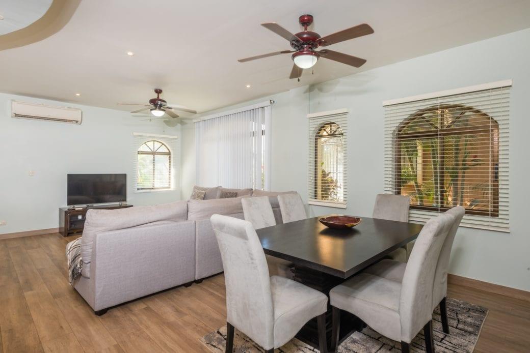 Tamarindo Azul 4 – Dining Room